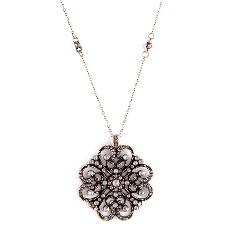 Exquisite Crystal Pendent Necklace Set - Jewelry Buzz Box  - 2