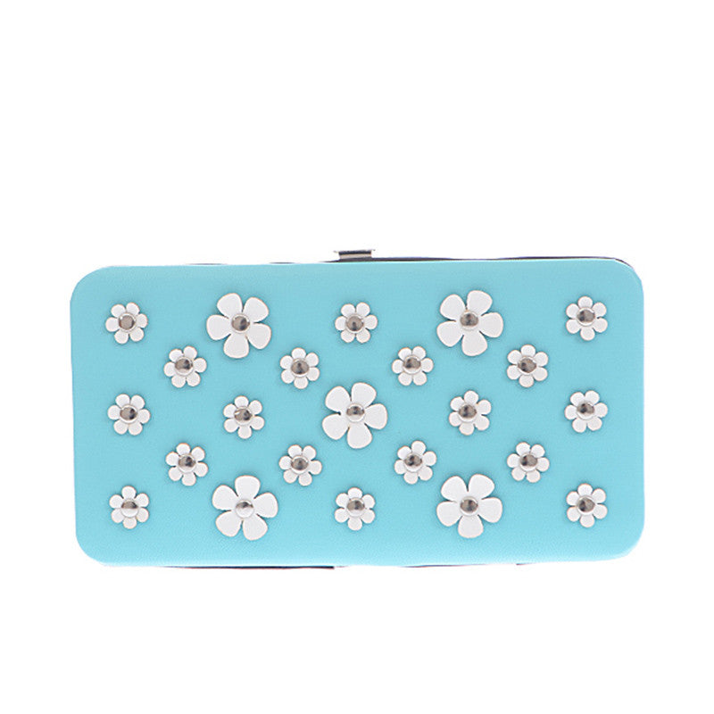 Daisy Clutch Wallet - Jewelry Buzz Box  - 1