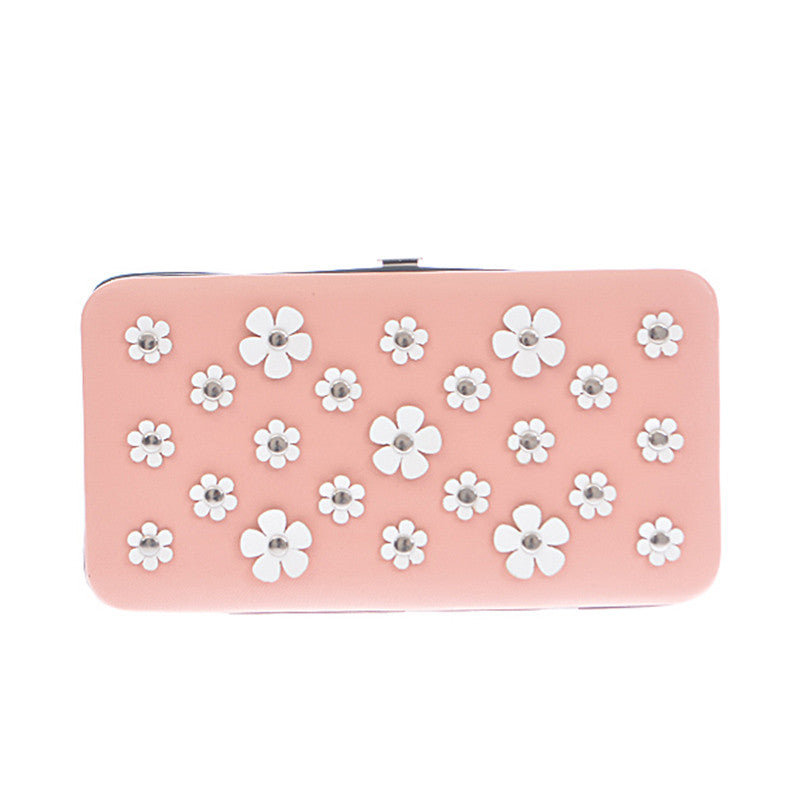 Daisy Clutch Wallet - Jewelry Buzz Box  - 2