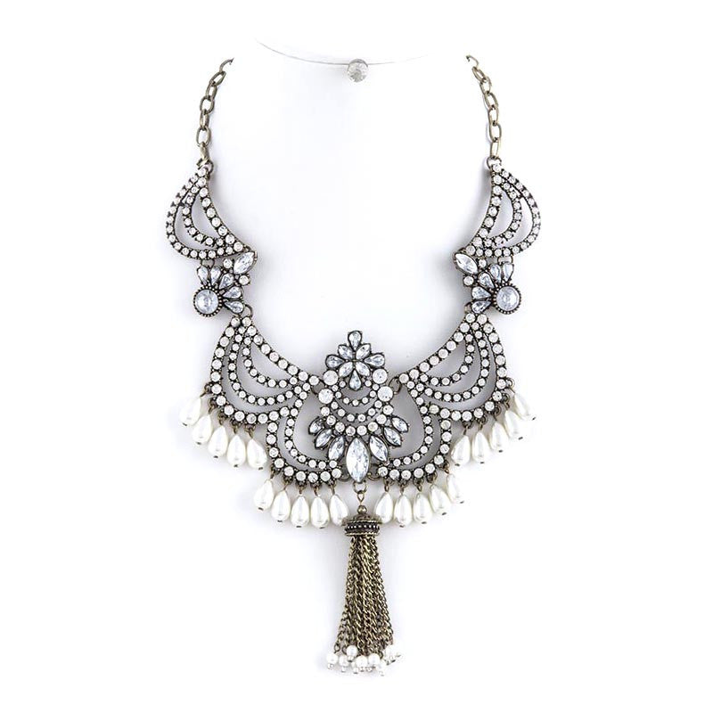 Extraordinary Necklace - Jewelry Buzz Box