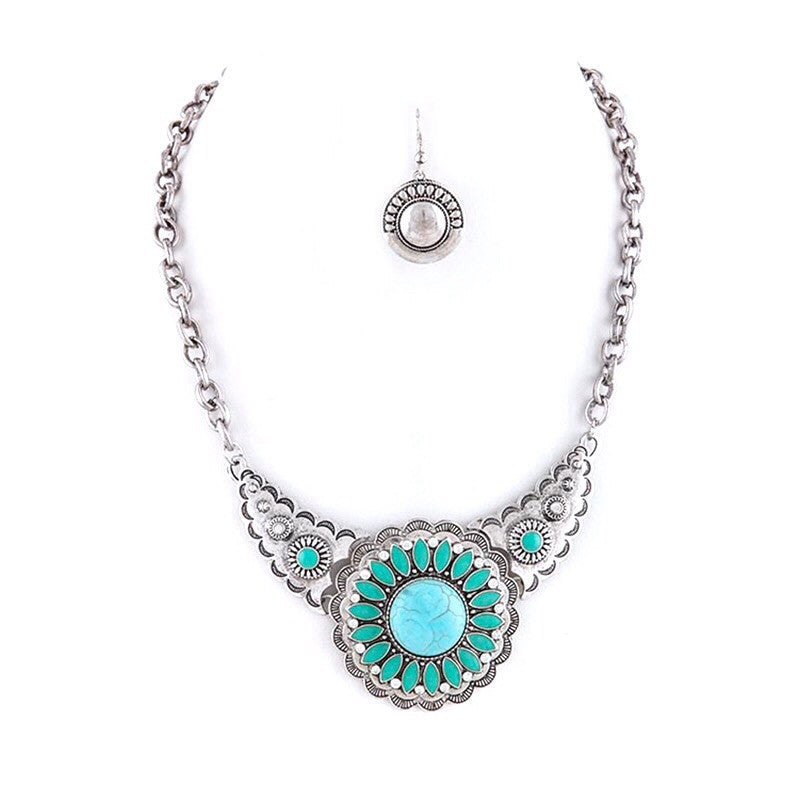 Radiant Necklace Set - Jewelry Buzz Box  - 4