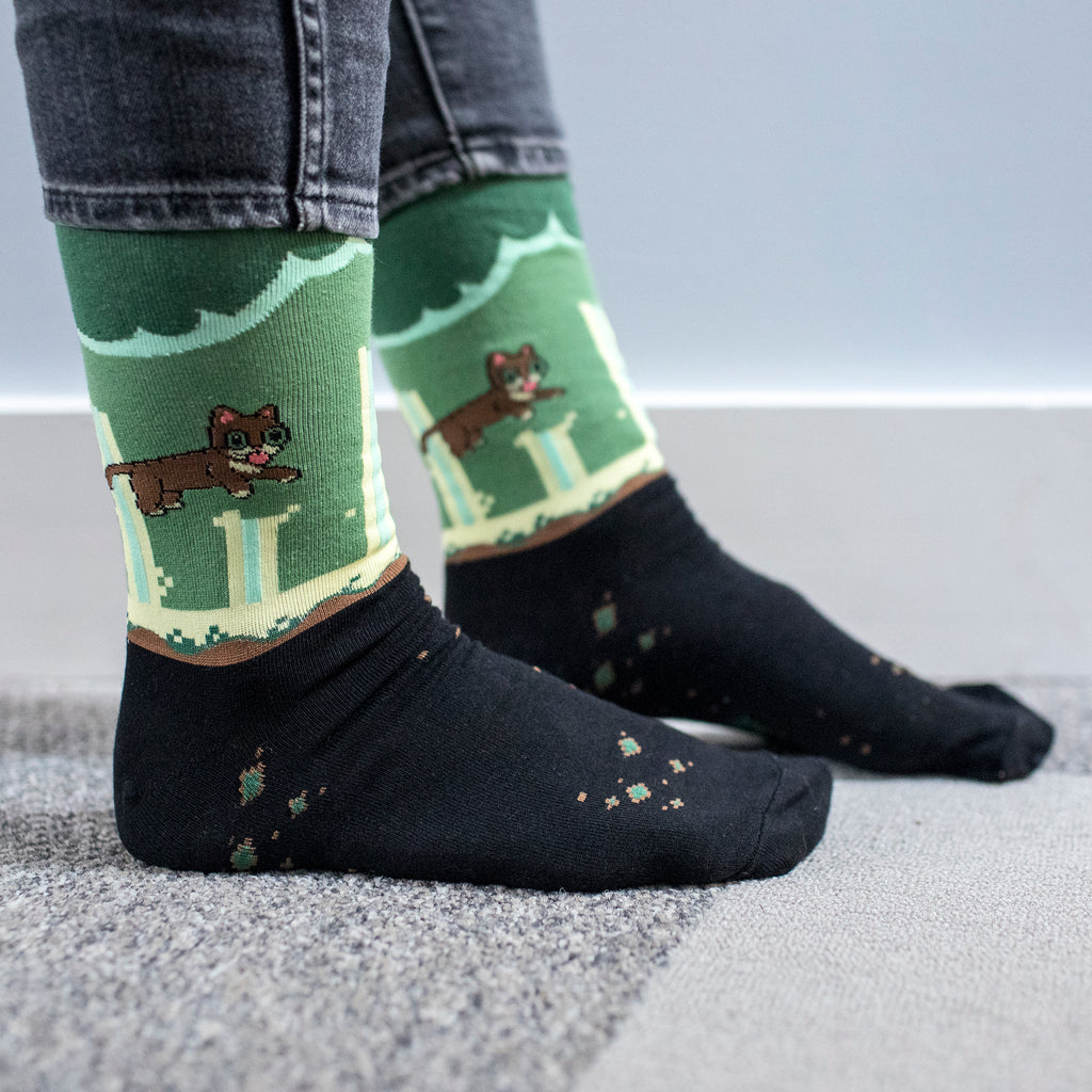 Crew Socks - HELLO EARTH - LAND