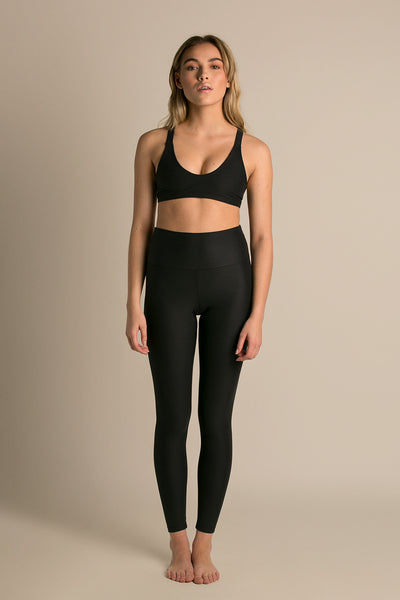 Dusk|Model is 5'6 (32A) and wearing Small - Wilma yoga top|STL-5