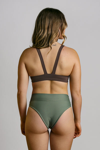 Pecan|Model is 5'6 (34A) and wearing small - Wilma Yoga Top|STL-1