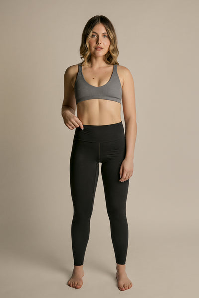 Shadow|Model is 5'6 (34A) and wearing small - Wilma Yoga Top|STL-5