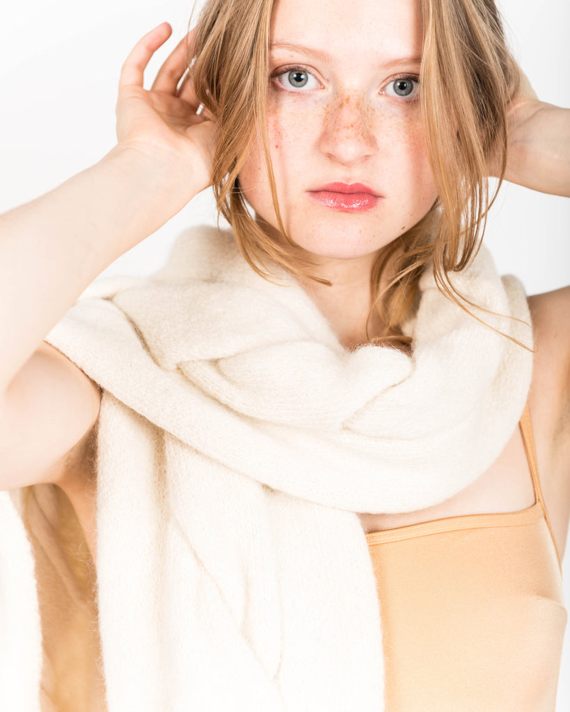 Twisted alpaca scarf in cream