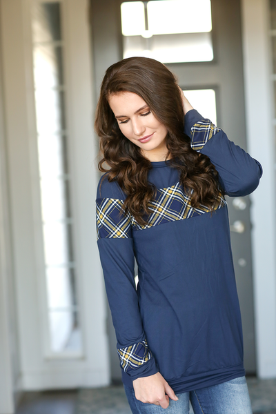 Lesson Learned Plaid Detailed Top in Navy
