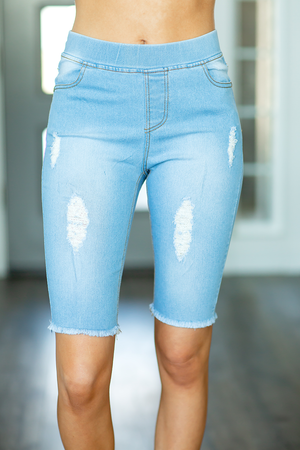 Everyday Comfort Light Wash Denim Shorts