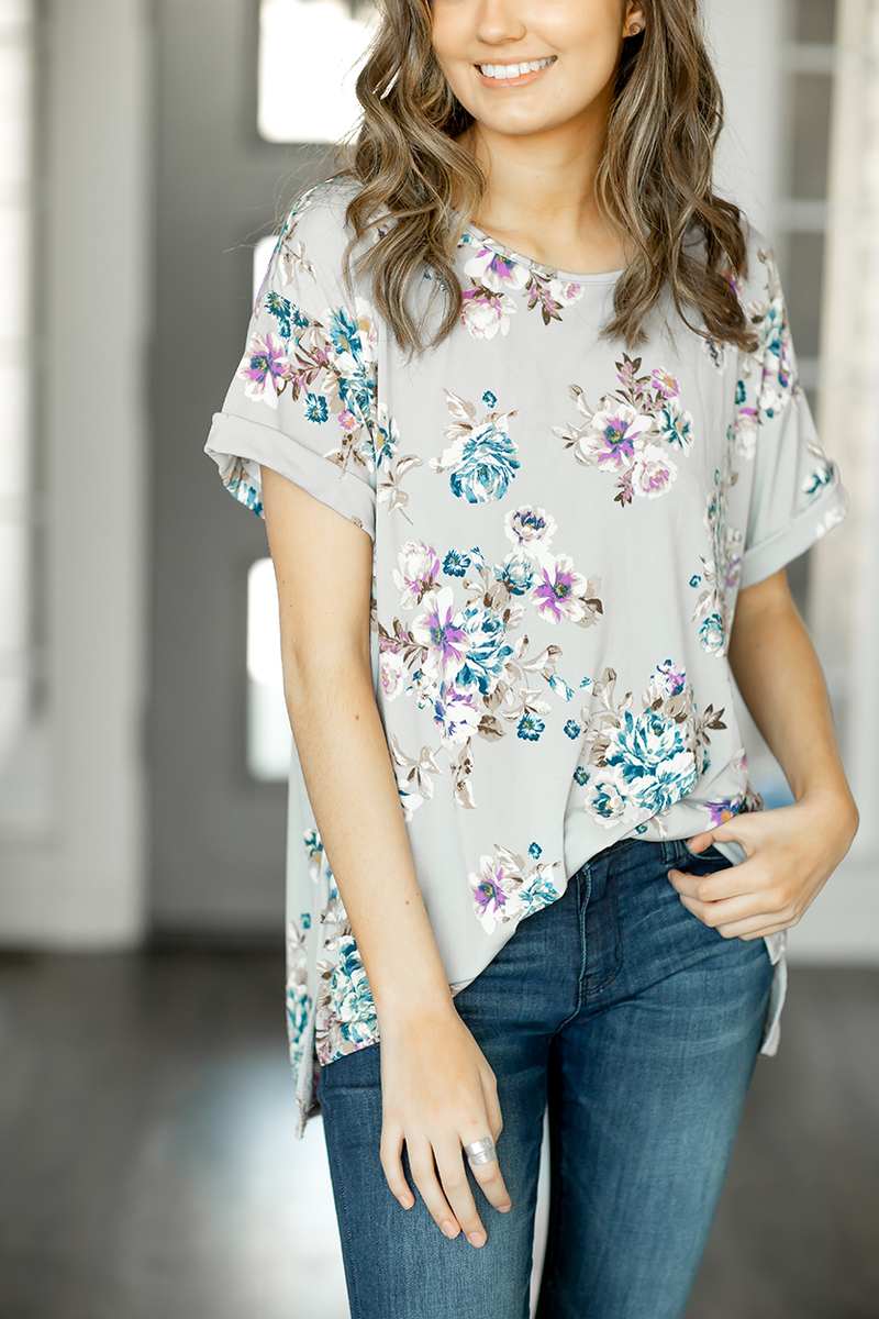 Casual Days Floral Top in Gray