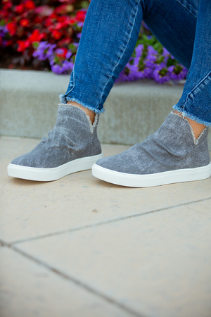 Very G Heart and Soul Zip Up Back Sneakers in Grey