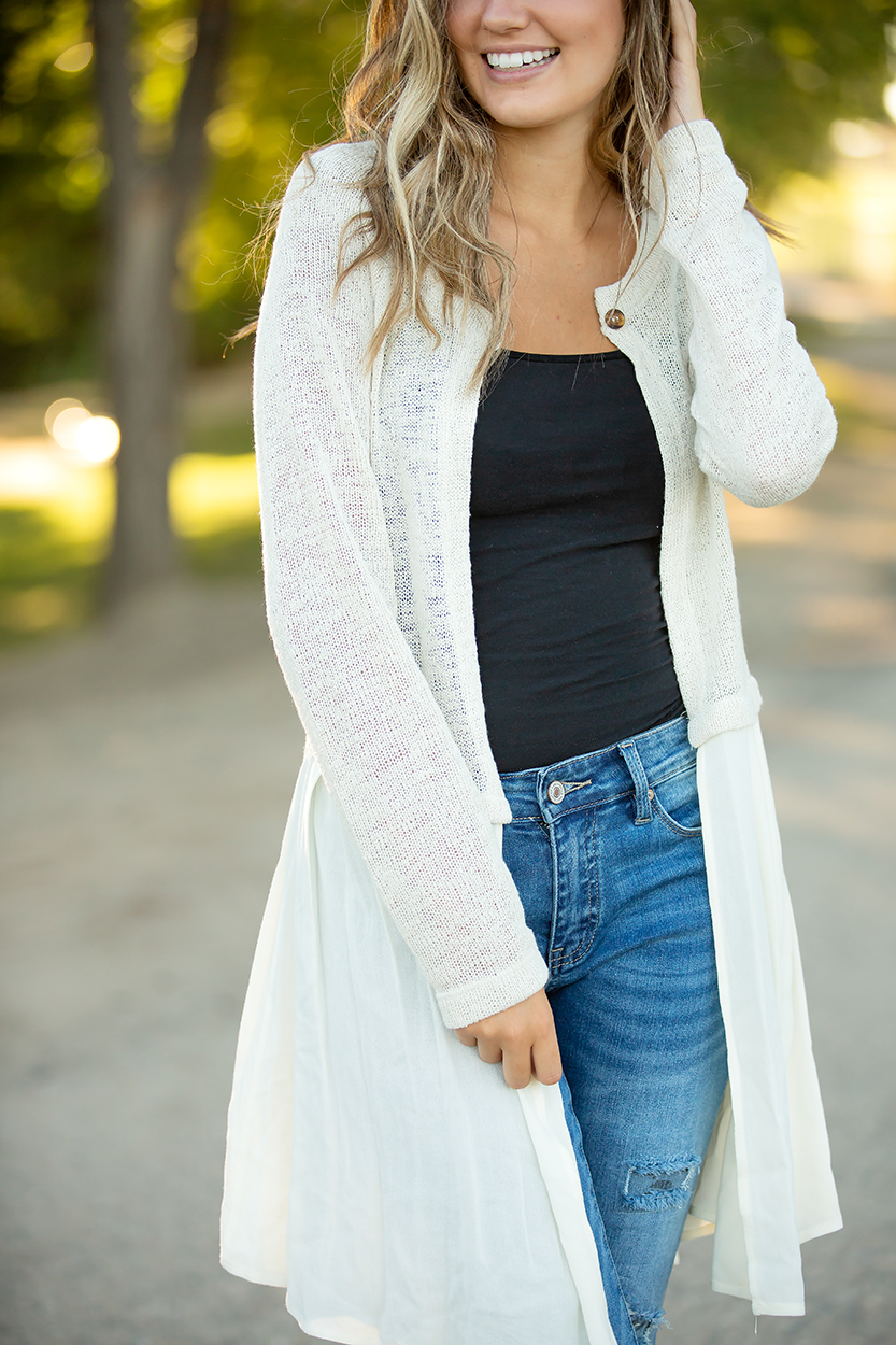 Pick Me Up Cardigan in Cream