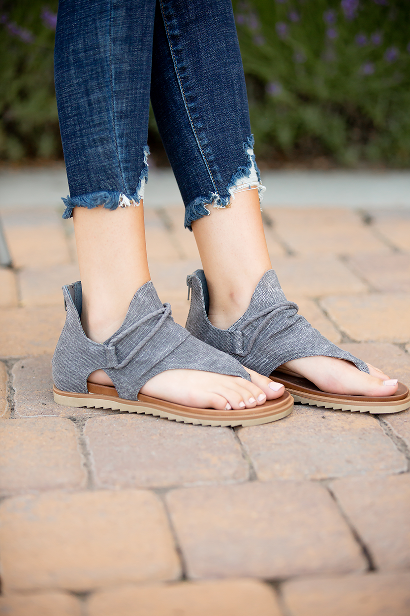 Very G Sparta Sandals in Grey