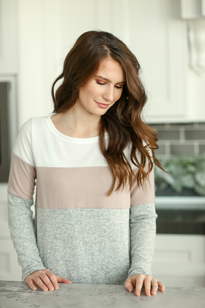 Flirty Feelings Top in Gray, Mauve and White