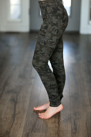 KanCan Evening Downtown High Rise Skinny Jeans In Dark Camo