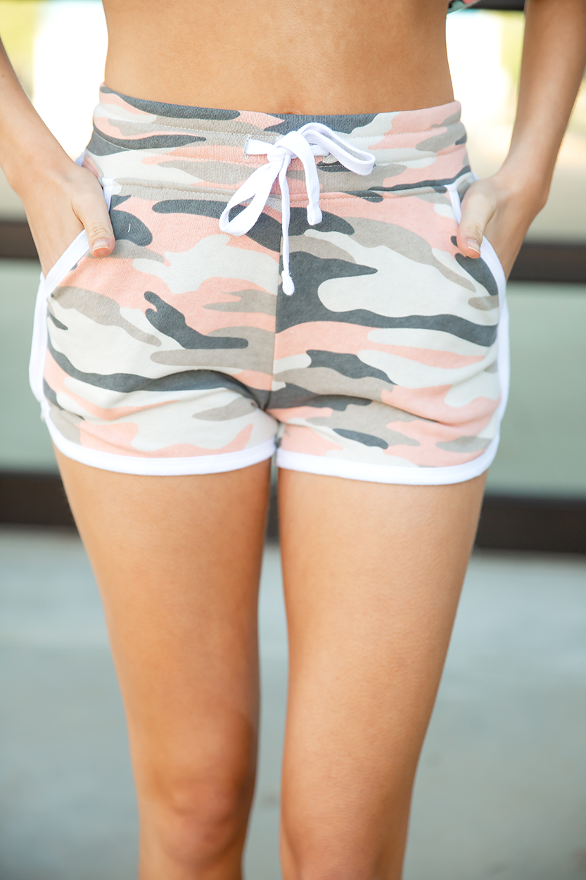 Heads Up Peach Camo Shorts