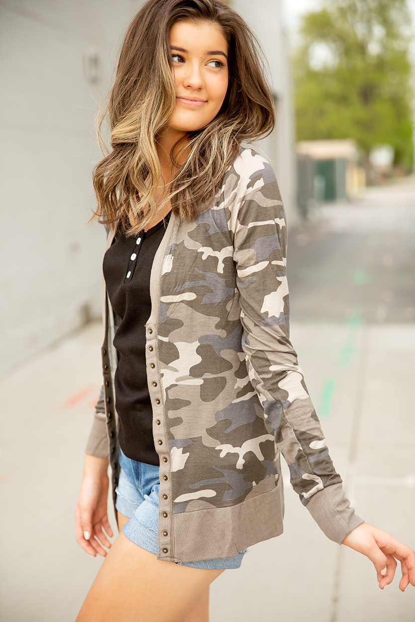 Cute As a Button Snap Cardigan in Camo (SALE)
