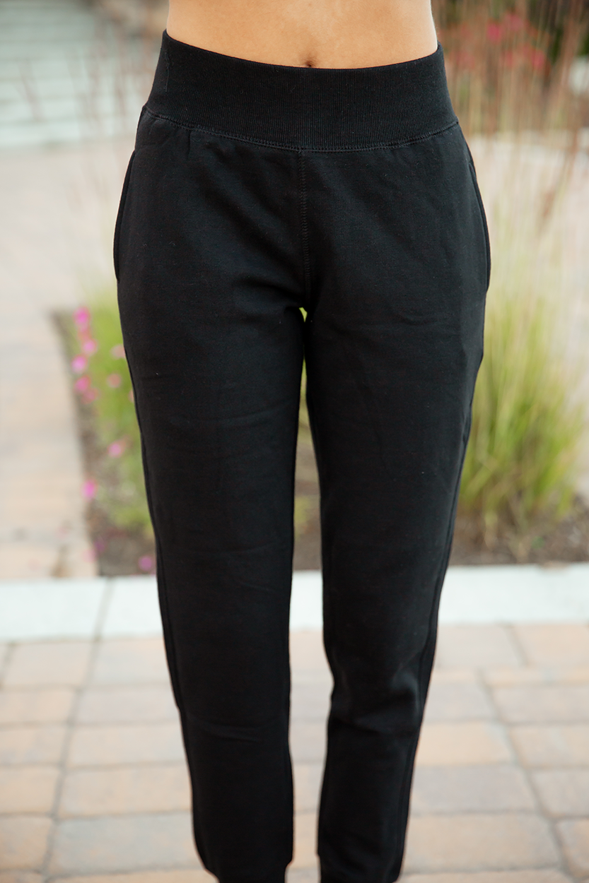 Lazy Days Joggers in Black