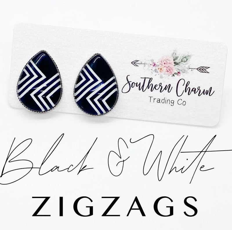 Big as Texas Black & White Zigzag Teardrops