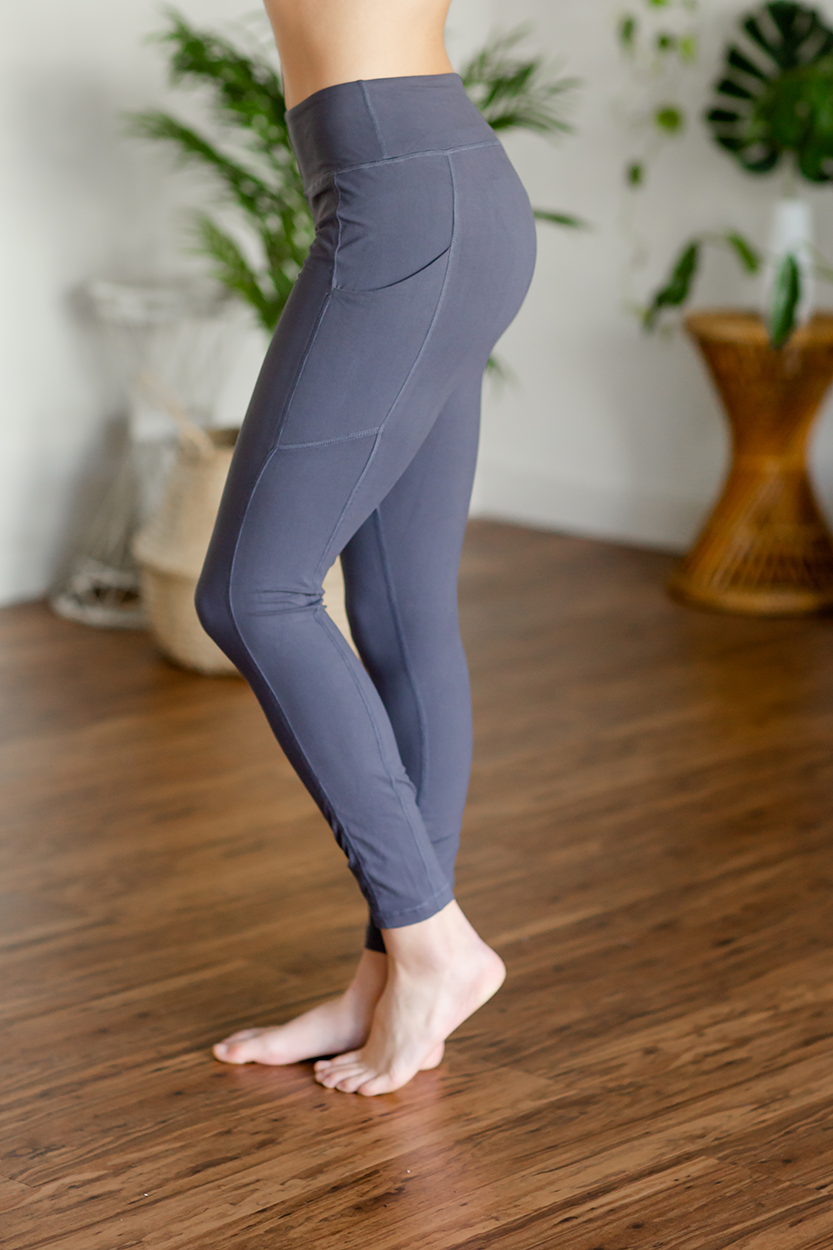 Lost Track of Time Leggings in Charcoal