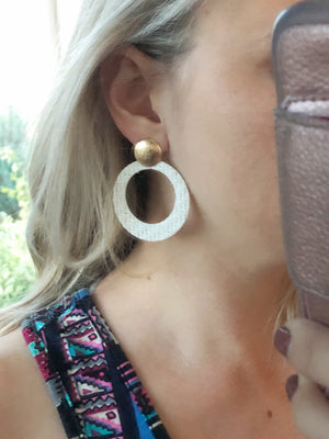Laura Earrings (Two Colors)