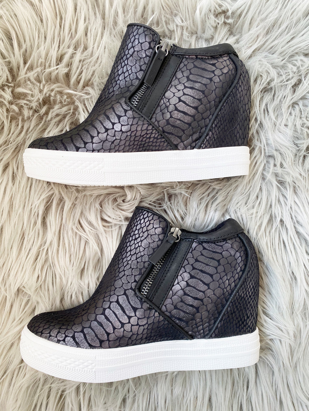 Not Rated Wedge Sneakers in Black