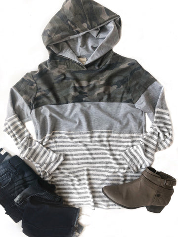 Made Just For You Camo Detailed Hoodie Top With Stripes