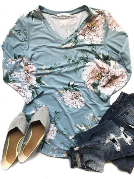 Lasting Impression 3/4 Sleeve Floral Top in Blue