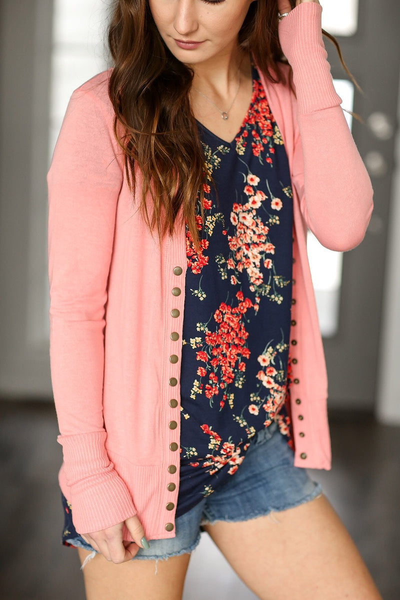 Cute As a Button Snap Cardigan in Rose