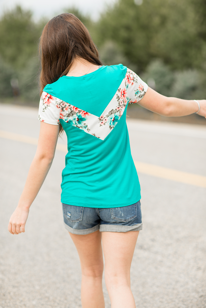 So Famous Color Block Top in Mint