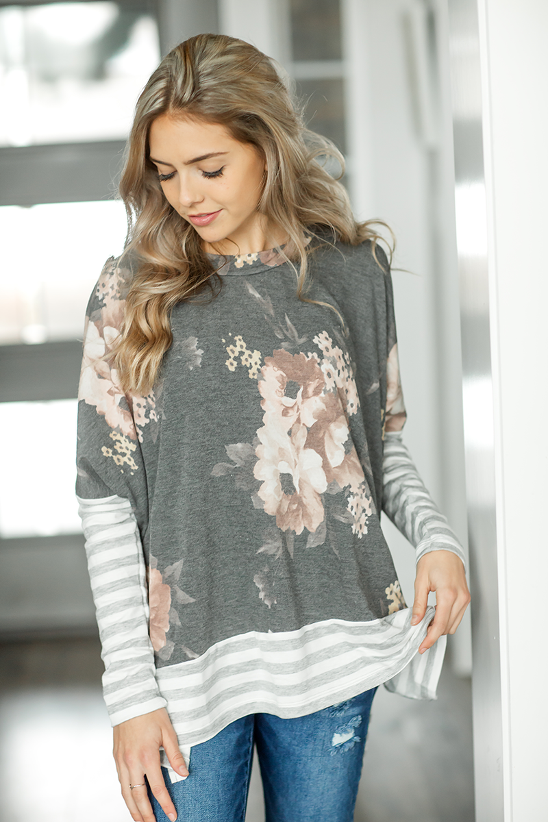 Blame It On the Rain Floral Top in Charcoal
