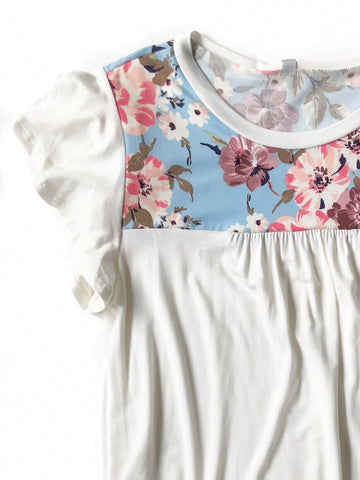 Need To Know Blue Floral Detailed Top in White