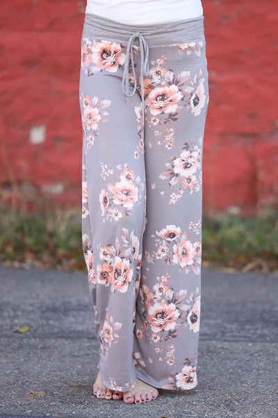 So Comfy Floral Lounge Pants in Gray