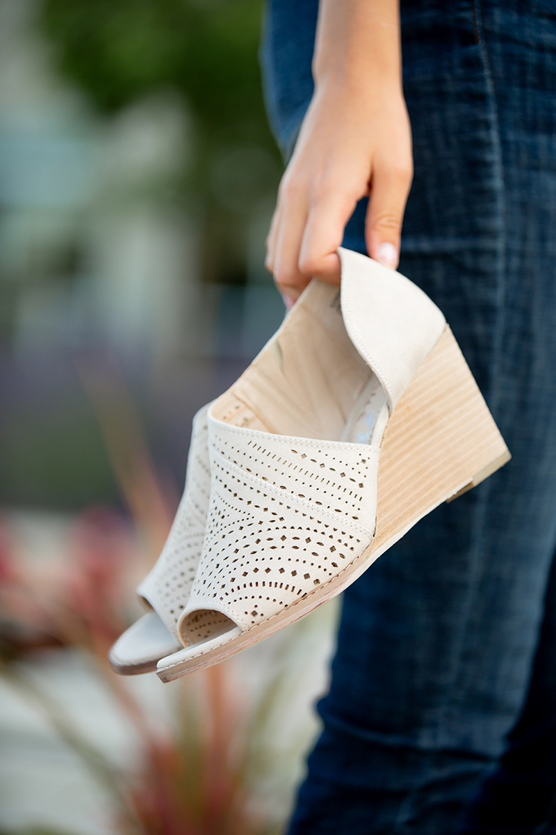 Very G Jean Heel in Cream