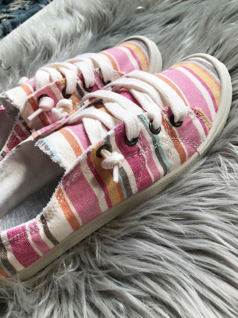 Canvas Sneakers in Multi Pink
