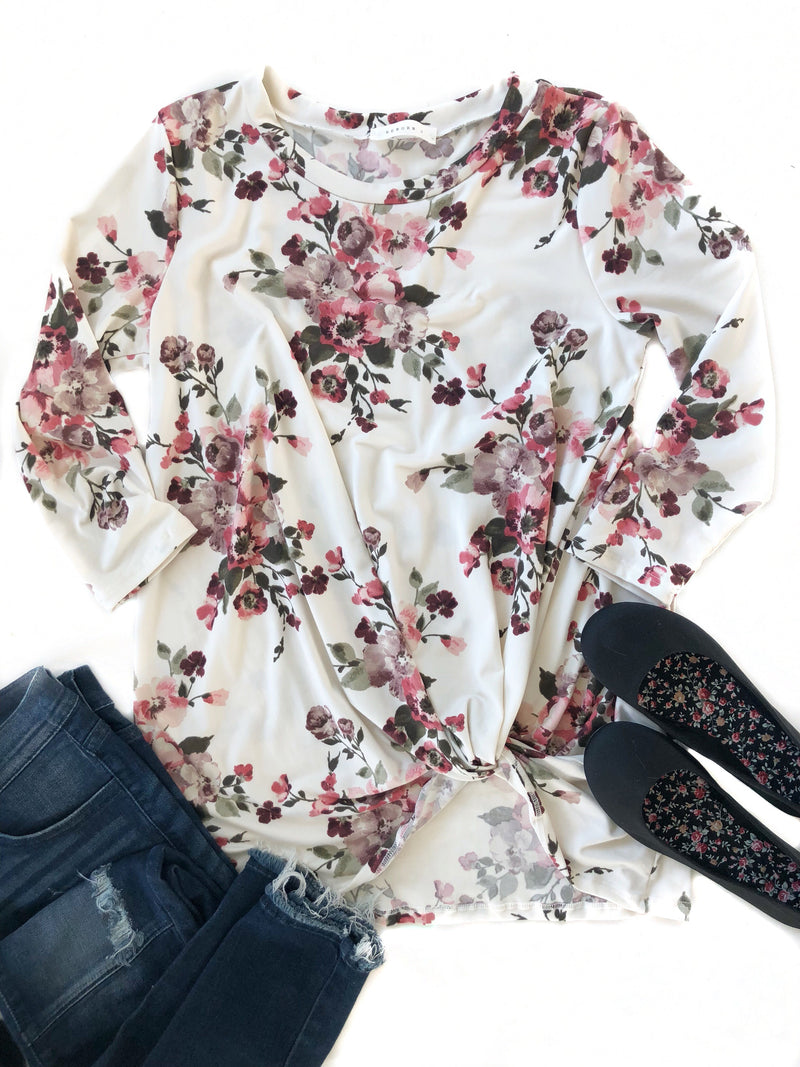 Just Say Yes 3/4 Sleeve Floral Twist Tee