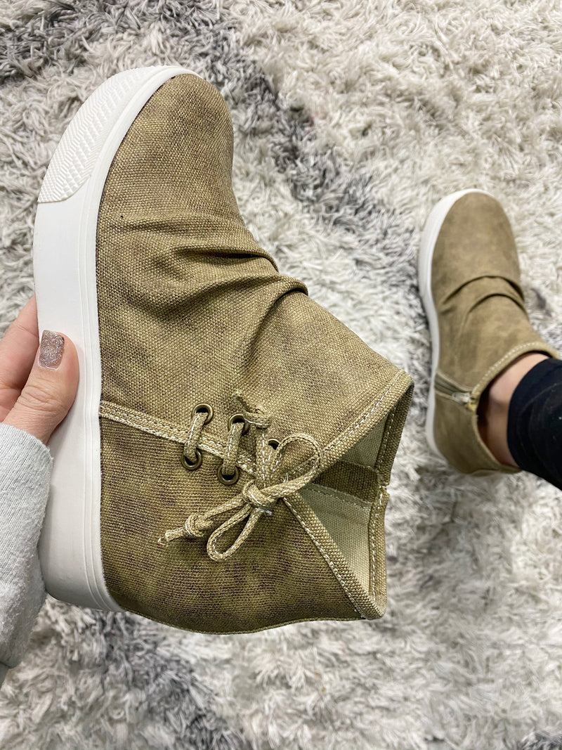 Very G Lose My Mind Booties in Camel (SALE)