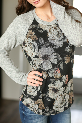 Look This Way Floral Blouse in Black