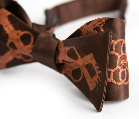 "Skeleton Keys Bow Tie ""Argyle Key"" bowtie."