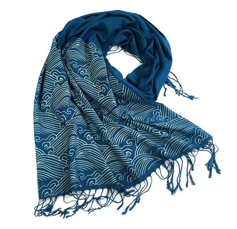 Crashing Waves scarf. Linen-weave pashmina