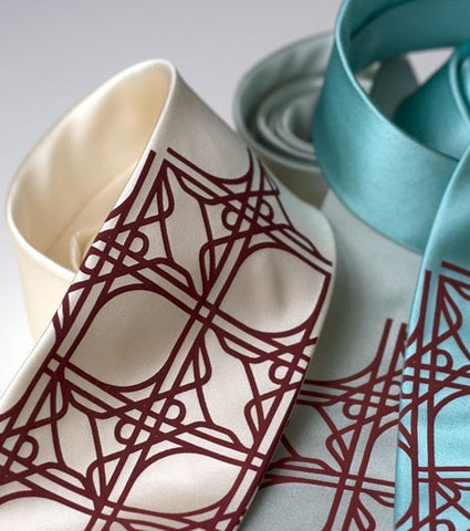 Intersection Knot Silk Necktie