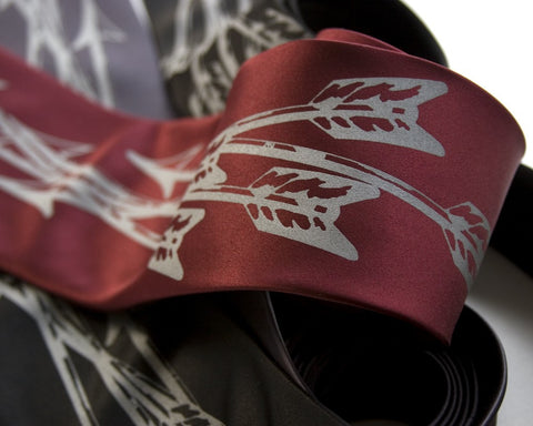 Quiver: Arrows Silk Necktie