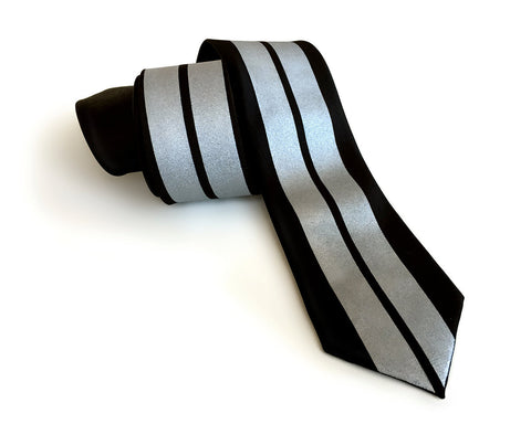 Racing Stripes Necktie: Le Mans First Place silk tie