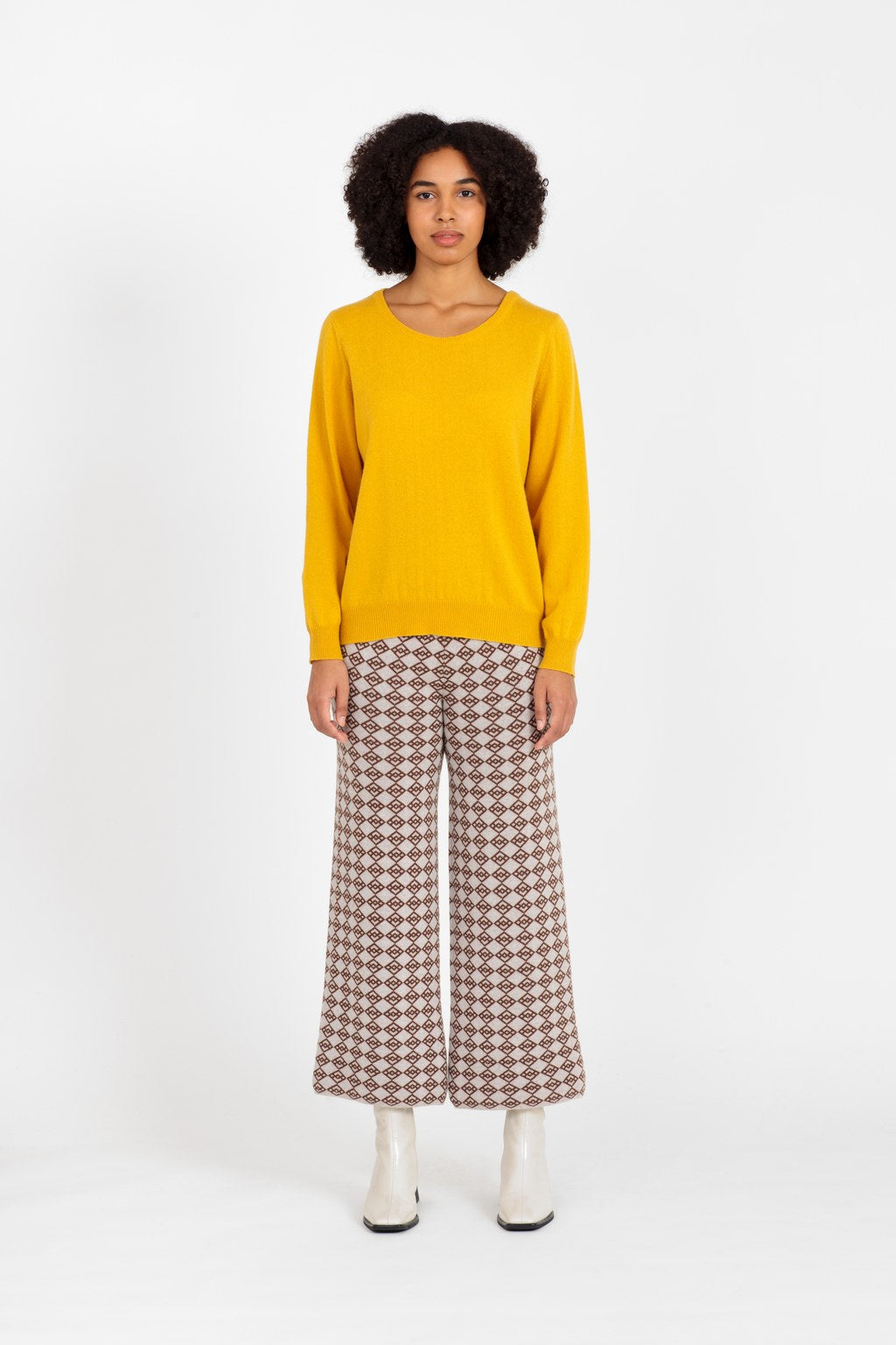 Laine cashmere sweater in yellow