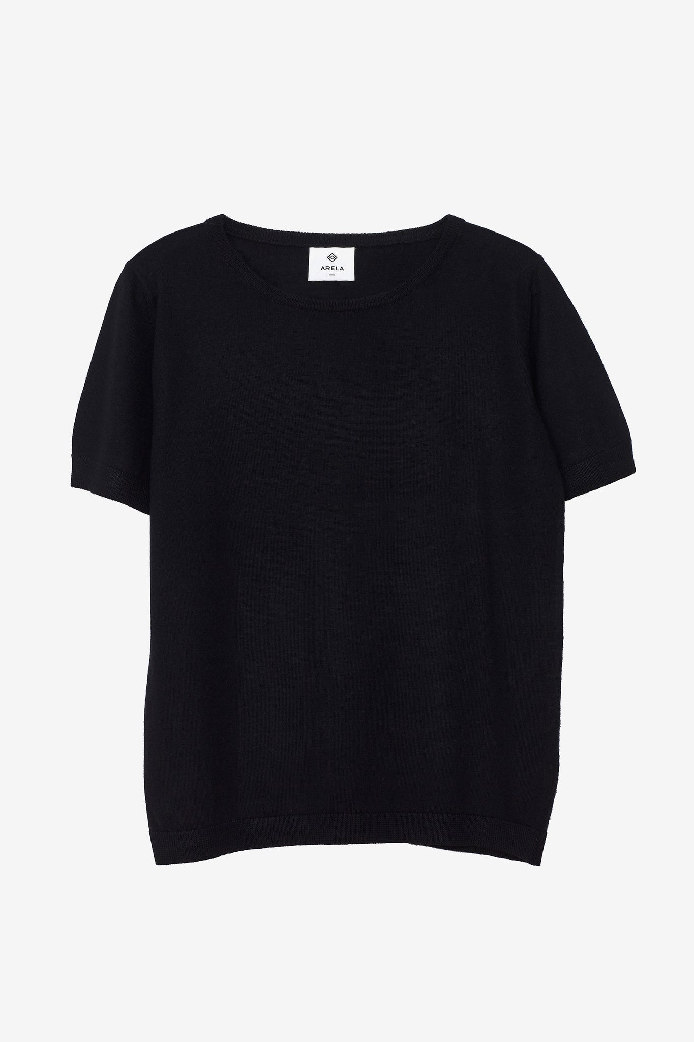 Knitted Kim t-shirt in black