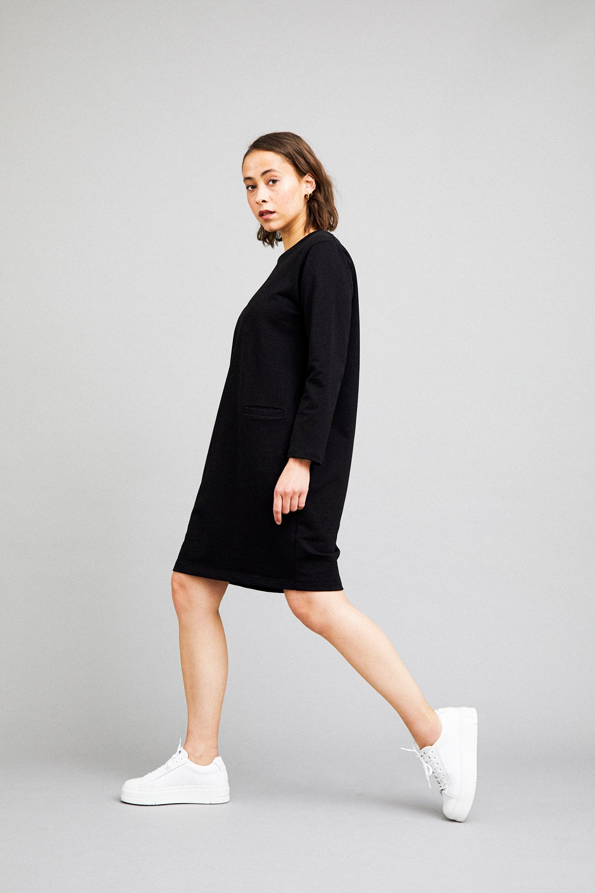 Utu tunic in black