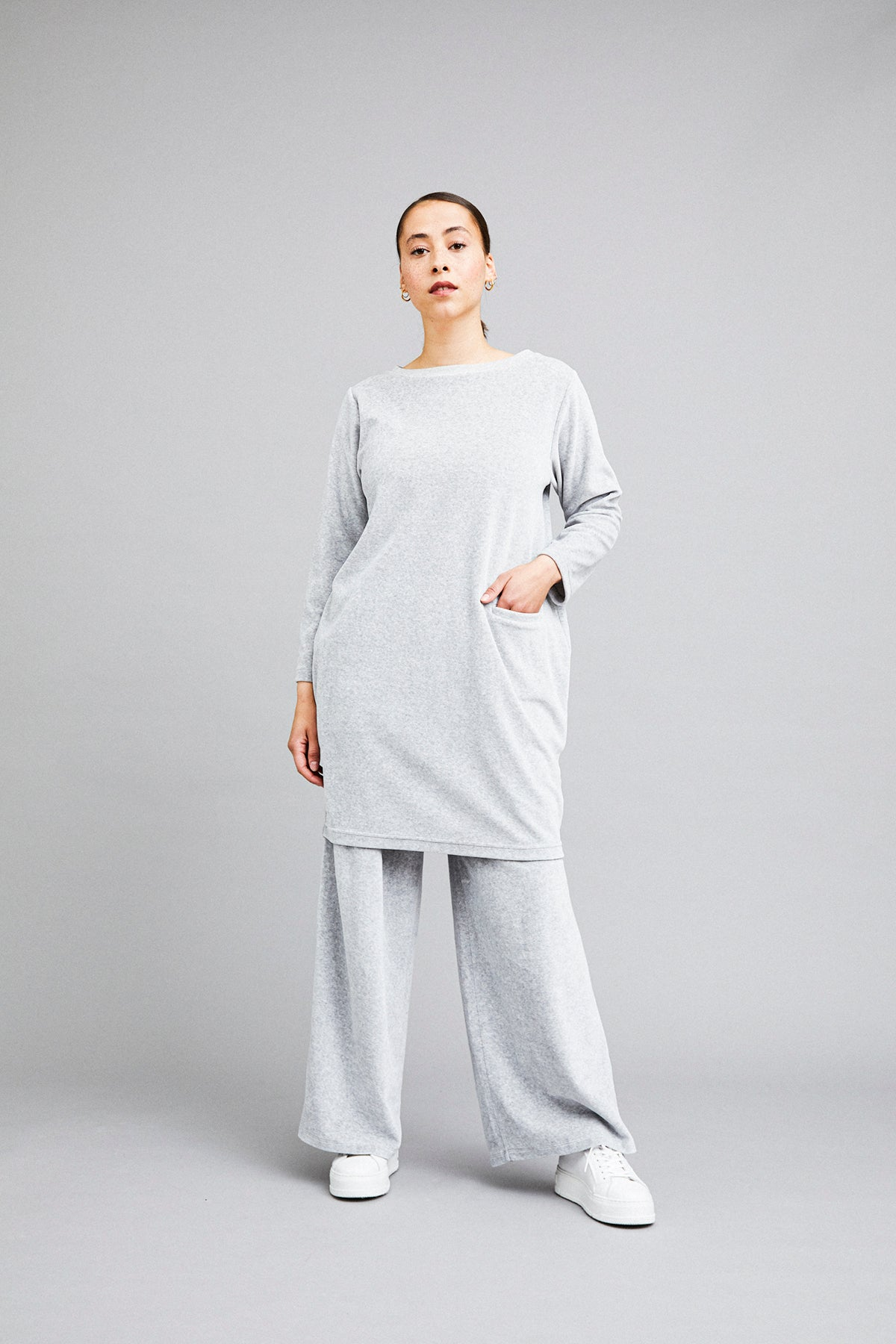 Utu tunic in grey velour