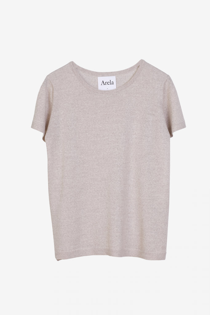 Knitted Kim t-shirt in beige