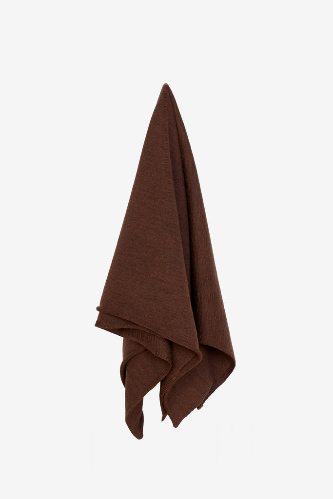 Liz scarf in brown