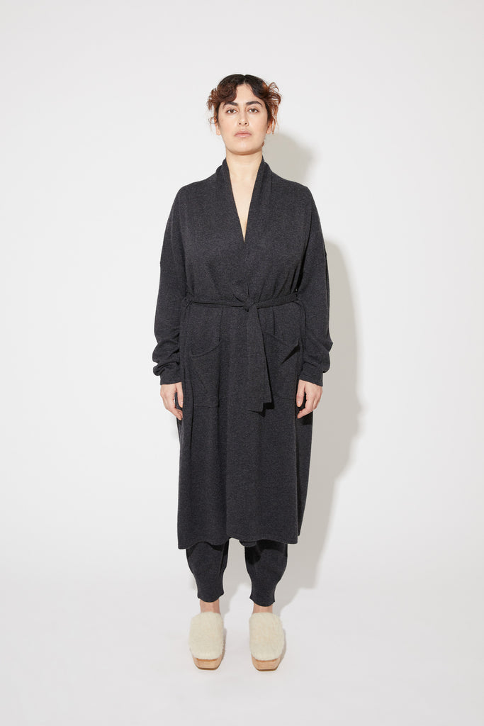 Haru robe in dark grey
