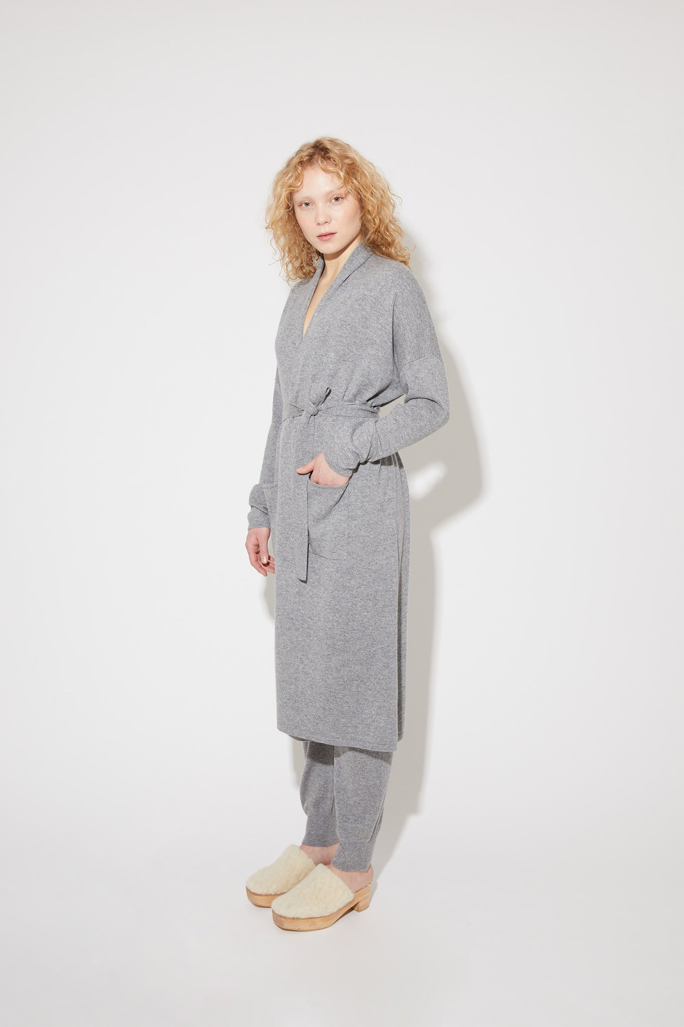 Haru robe in grey